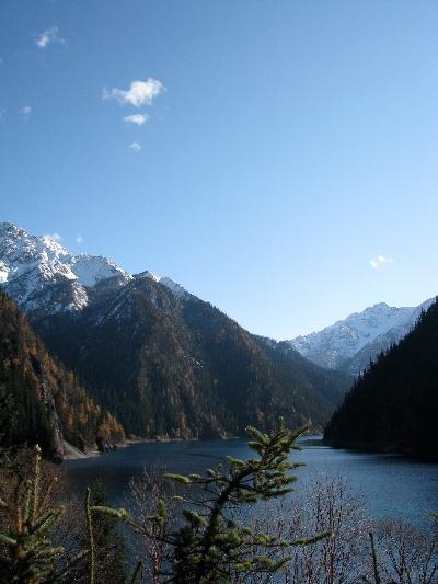 有山... Mountain Scene